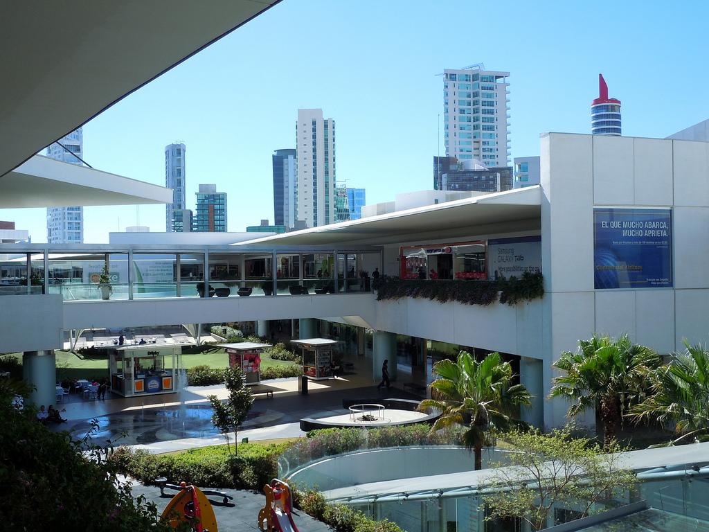 Centro-Comercial-Andares-para-fin-de-semana