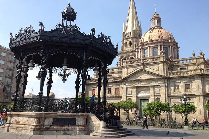 Visita-centro-histórico-en-fin-de-semana-en-Guadalajara