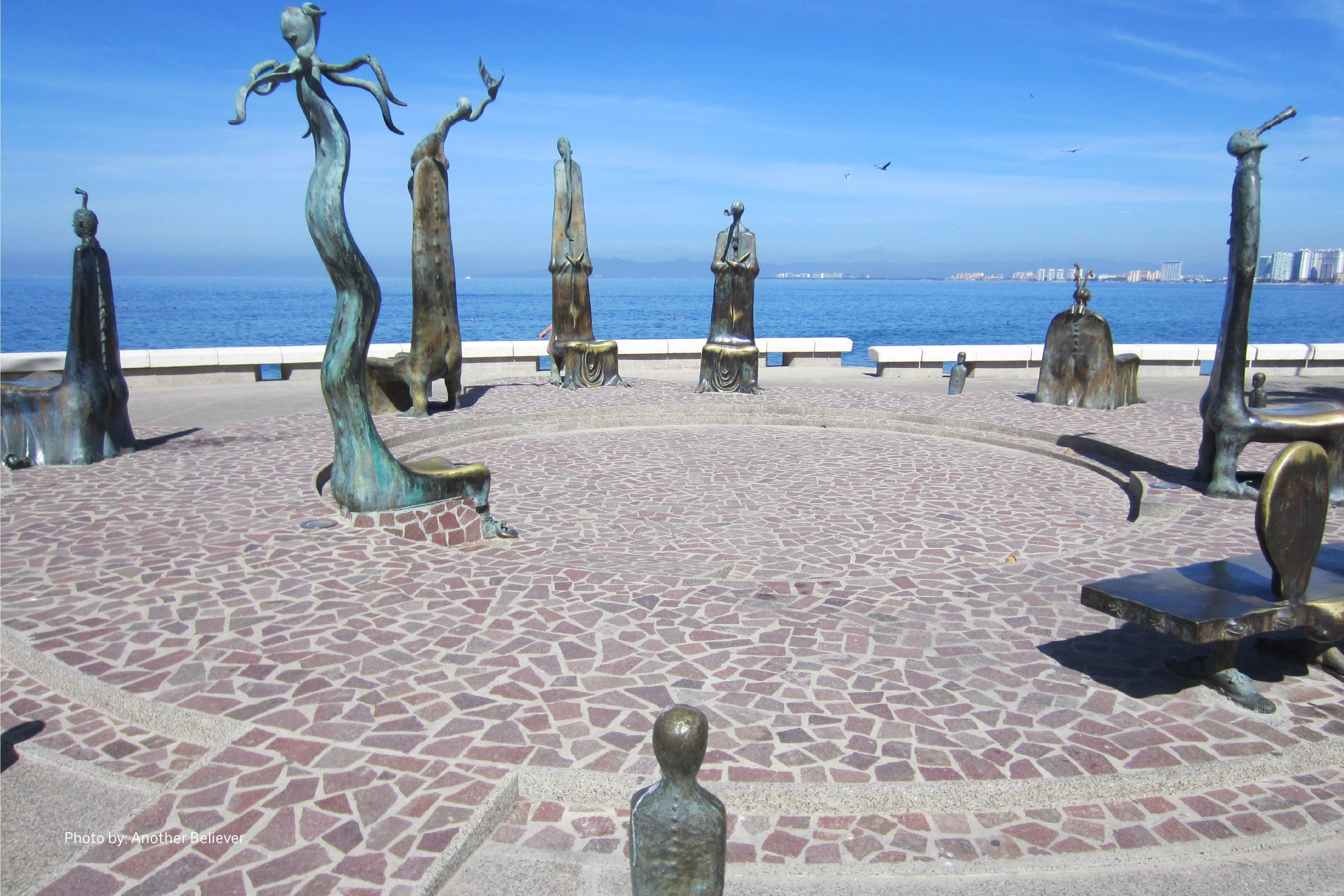 El Malecón de Puerto Vallarta