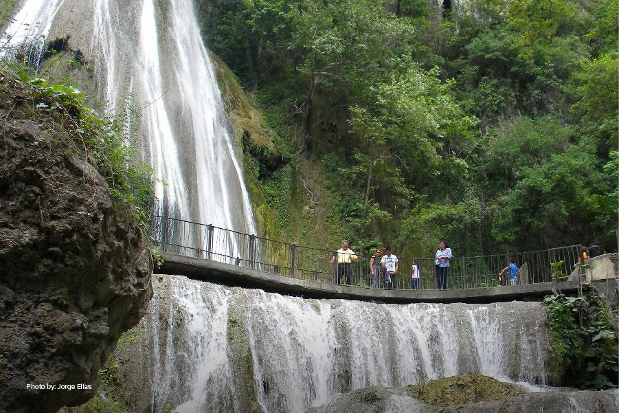 el parque ecoturístico Cola de Caballo