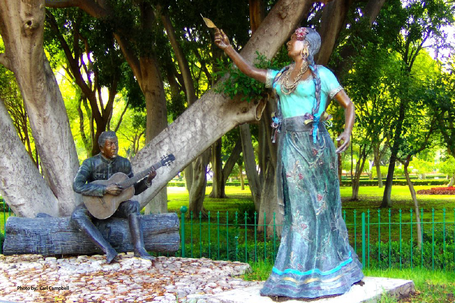 Estatuas en el Parque Alameda Hidalgo en Querétaro