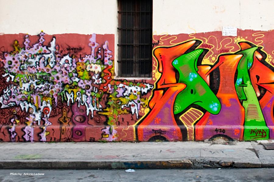 Graffiti en Paseo la Sexta Ciudad de Guatemala