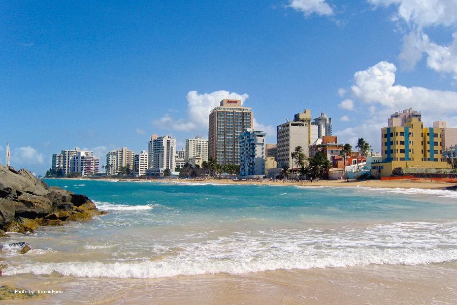 Vista de la ciudad desde Playa Condado, San Juan