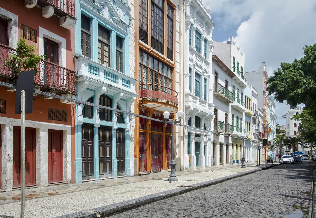 Edifícios coloridos - Rua do Bom Jesus