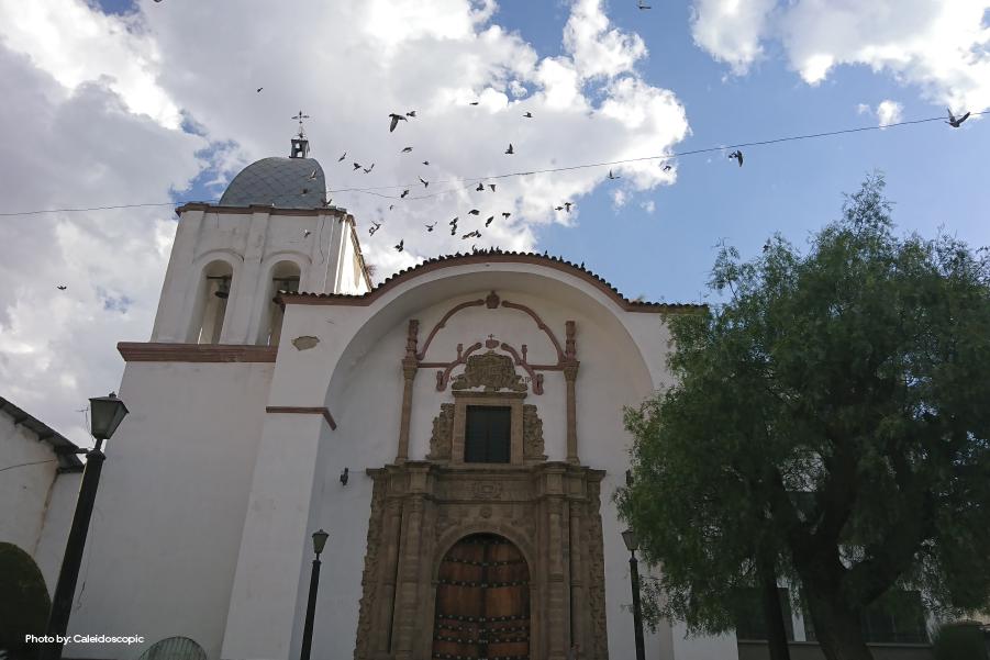 Fachada de la Iglesia de San Pedro en La Paz, Bolivia