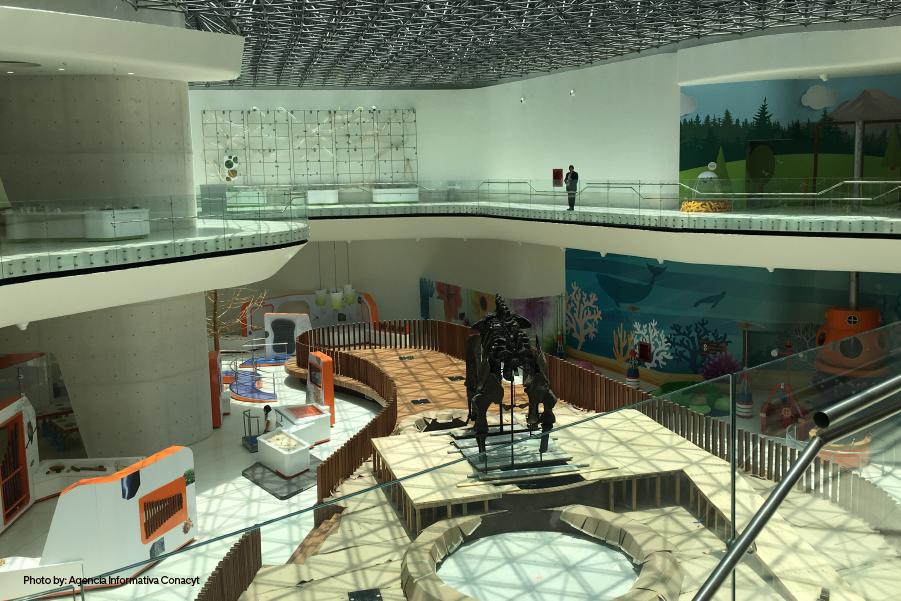 Interior del Museo del Papalote, un museo para niños en Guadalajara, México.