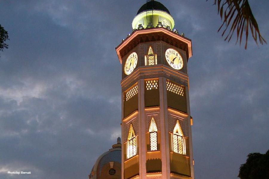 Vista a la fachada de la Torre Morisca
