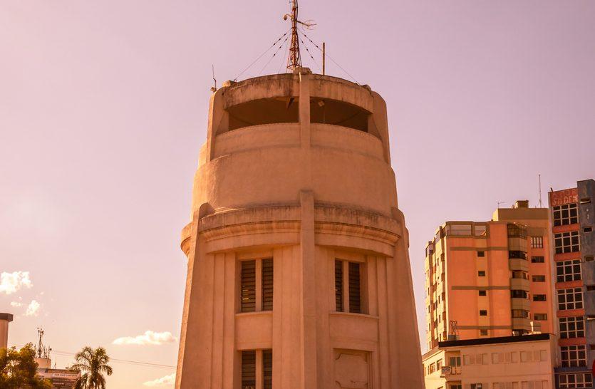 O antigo tanque de água, Torre do Castelo, em Campinas, Brasil