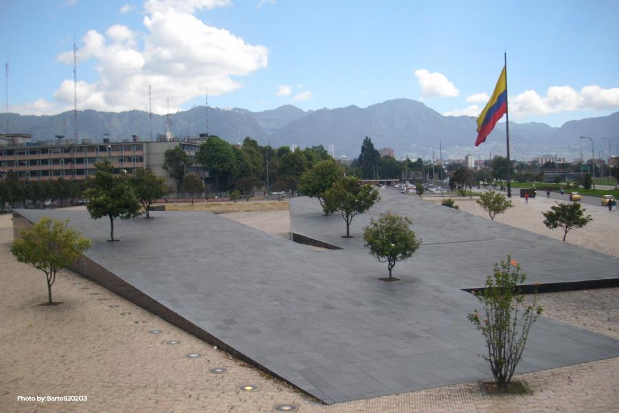 Un monumento bonito dedicado a los que lideraron la independencia de Hispanoamérica