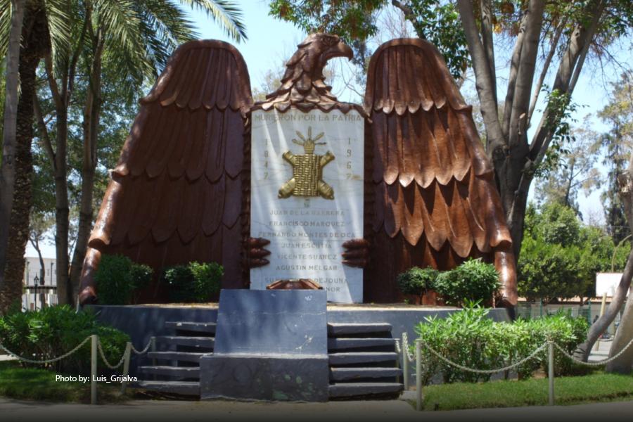 Monumento en el Parque 18 de marzo en Tijuana
