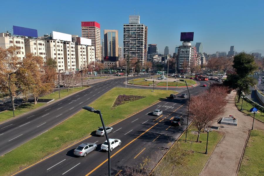 Imagen aérea de la plaza Italia en Santiago